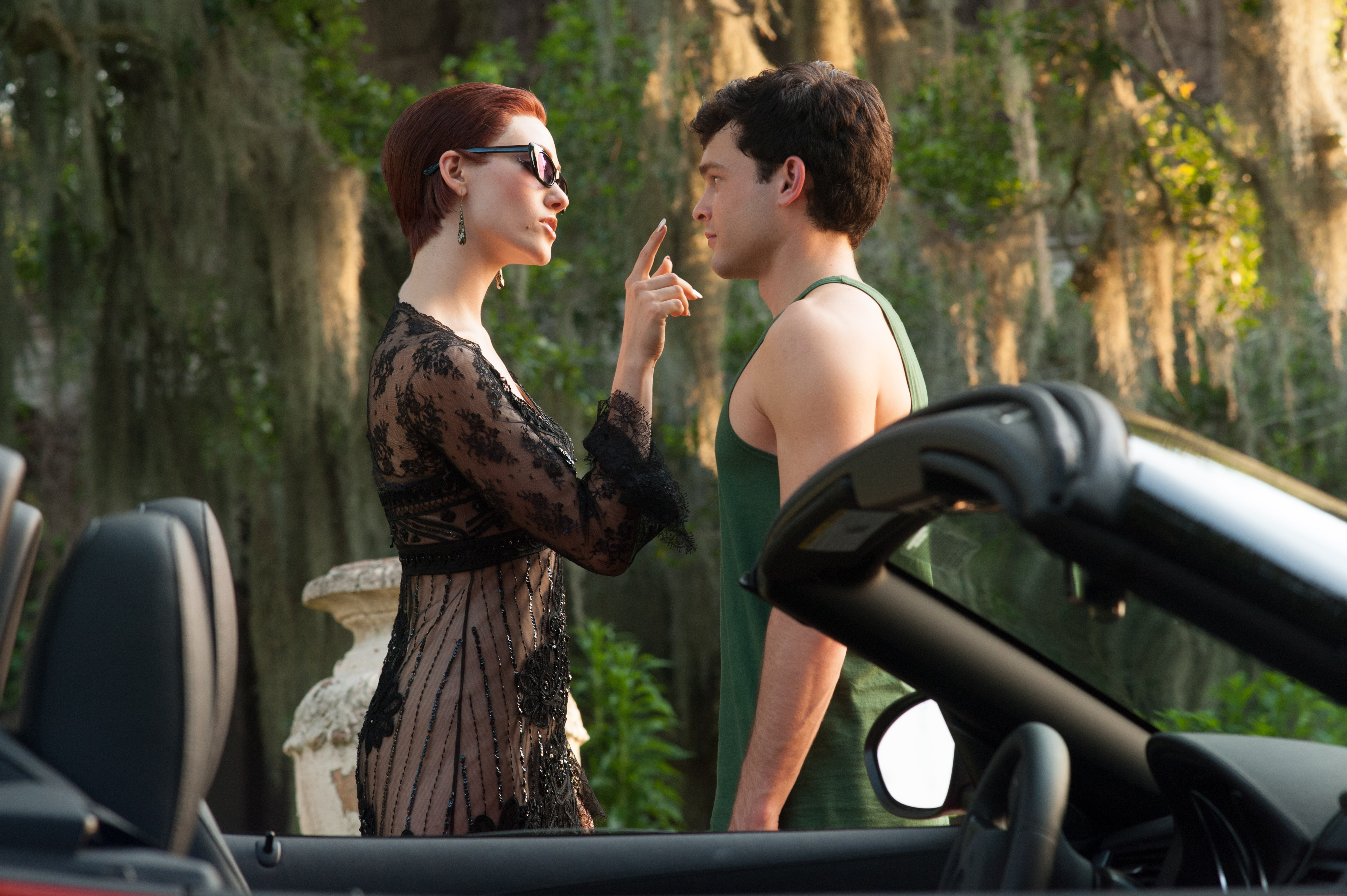 Movie Review Beautiful Creatures A Formulaic