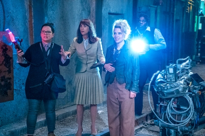 ghostbusters-2016-characters-cast-characters-scene_1
